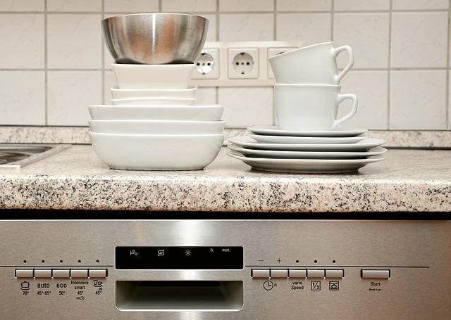 čisté nádobí